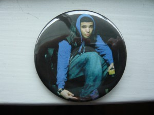 Pretty Buttoner: Custom Drake Buttons