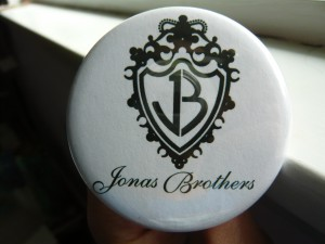 Pretty Buttoner: Jonas Brothers Logo Button
