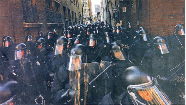 Toronto Police in riot gear, ready to intimidate and more at the Toronto G20