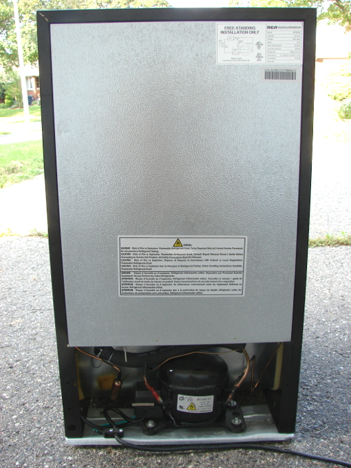 RCA fridge RFR322 died after only 5 months of use. What a waste of money and natural resources. Fridge back. Photo 2 by Don Tai