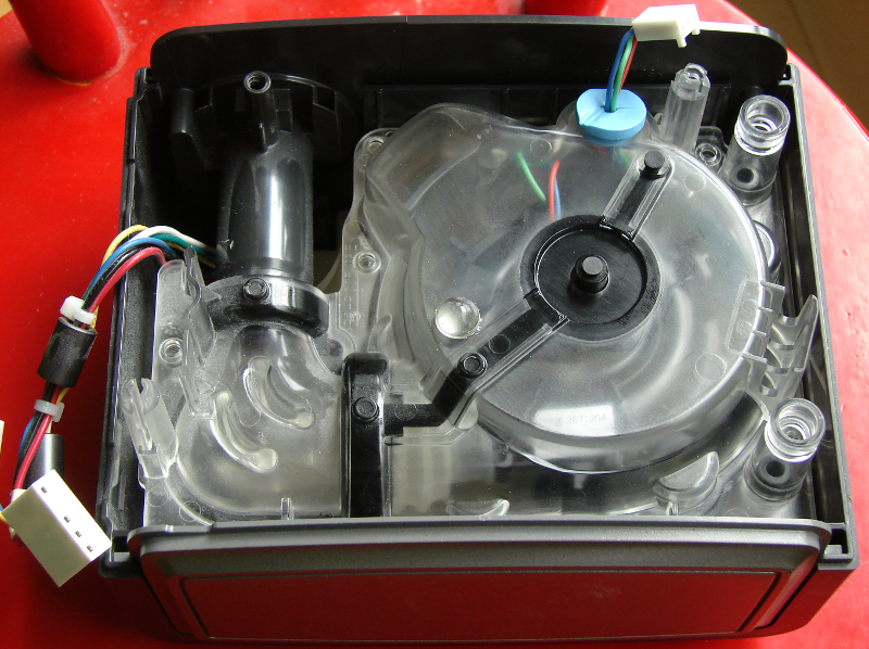 Philips System One HT Humid CPAP machine. Transparent air housing cover. Note the 6 torx T9 screws. Photo 6 by Don Tai