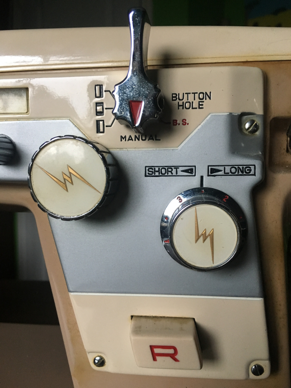 Imperial Sewing machine Model 171, front, right side control panel. Photo 7 by ArnaudM