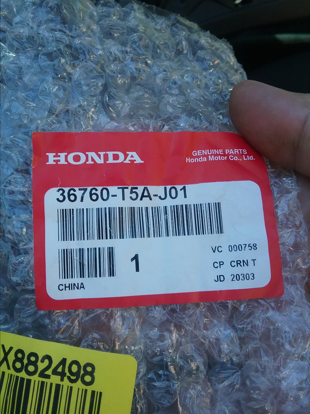 Honda Fit 2016, blue clutch interlock switch, Honda part number is 36760-T5A-J01 switch assy, clutch (clutch pedal position switch A). Photo 9 by Don Tai